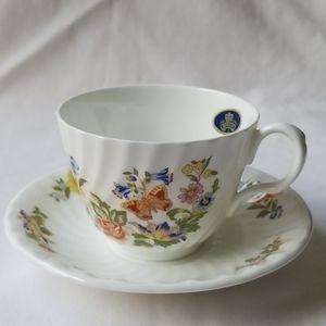 VTG Aynsley fine china Cottage Garden Teacup Set